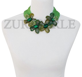 green-crystal-flower-necklace-zuri-perle-handmade-jewelry.jpg