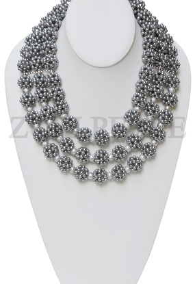 grey-pearl-zuri-perle-handmade-necklace.jpg