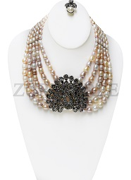 multi-tone-fresh-water-pearl-zuri-perle-handmade-necklace.jpg