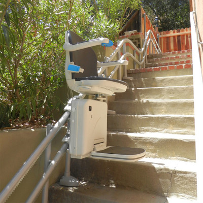Handicare Custom Curved Starlift Model 2000 - Outdoor