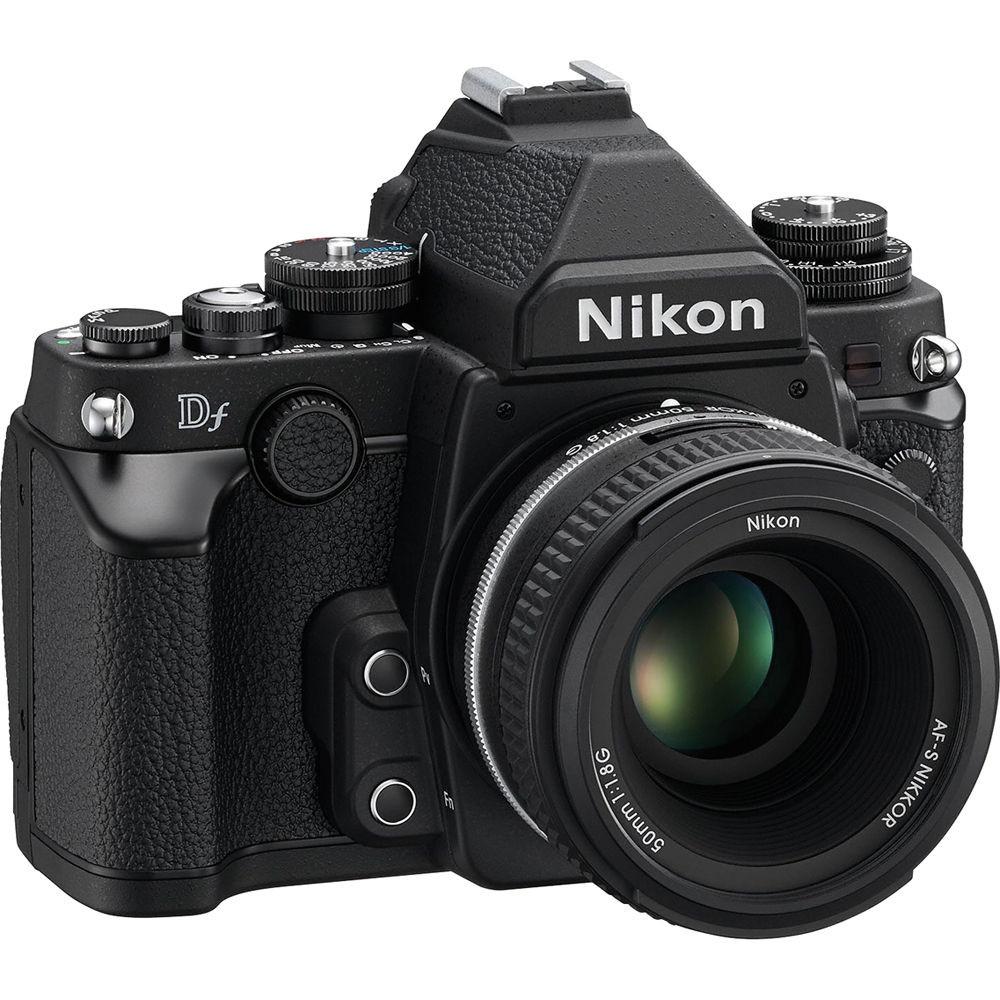 Nikon DF Front Left