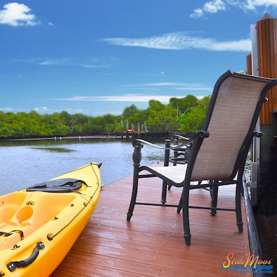 slidemoor-floating-dock-bracket.jpg