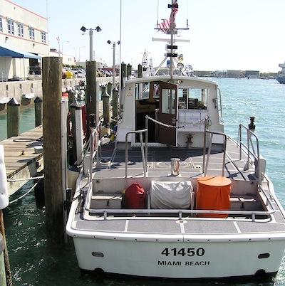 united-states-coast-guard-boat-slidemoor-3.jpg