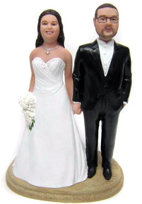 Full Figure Bride and Husky Groom Cake Topper