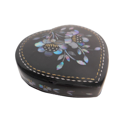Heart Shaped Black Lacquer Chinese Pill Box Oriental