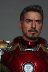 CHT-056 Tony Headsculpt for Hot Toys Iron Man Mark 4, 6, 7, 43