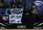 Hot Toys MMS293 Batman Returns:1/6th scale Batman Collectible Figure