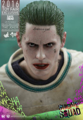 HOT TOYS SUICIDE SQUAD THE JOKER (ARKHAM ASYLUM VERSION) 1/6TH SCALE COLLECTIBLE FIGURE