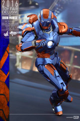 HOT TOYS IRON MAN 3 DISCO (MARK XXVII) 1/6TH SCALE COLLECTIBLE FIGURE