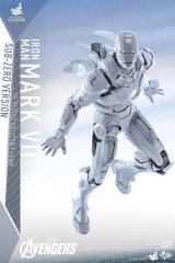 Hot Toys The Avengers 1/6 Scale Mark VII Figure (Sub-Zero Version)