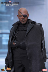 Hot Toys MMS315 CAPTAIN AMERICA: THE WINTER SOLDIER NICK FURY 1/6TH SCALE COLLECTIBLE FIGURE