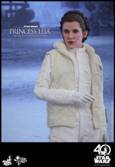 Hot Toys MMS423 Star Wars: The Empire Strikes Back 1/6th scale Princess Leia Collectible Figure