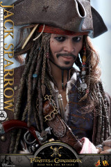 Hot Toys DX15 Pirates of the Caribbean: Dead Men Tell No Tales 1/6th scale Jack Sparrow Collectible Figure