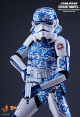 Hot Toys MMS401 Star Wars Stormtrooper (Porcelain Pattern Version) 1/6th scale Collectible Figure