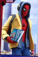 Hot Toys MMS 426 Spider-Man: Homecoming 1/6th scale Spider-Man Collectible Figure (Deluxe Version)