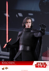 Hot Toys MMS438 Star Wars The Last Jedi 1/6th scale Kylo Ren Collectible Figure