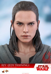 Hot Toys MMS446 Star Wars The Last Jedi Rey (Jedi Training) 1/6th Scale Collectible Figure