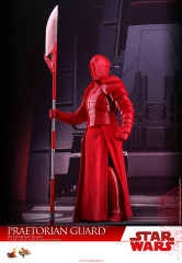Hot Toys MMS454 Praetorian Guard Star Wars: The Last Jedi – 1/6th scale (With Double Blade) Collectible Figure