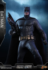 Hot Toys MMS455 Justice League Batman 1/6th scale collectible figure