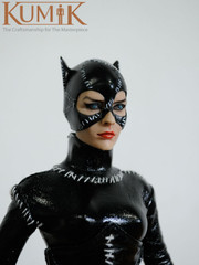 Kumik KMF022 1/6th scale Catwoman Collectible Figurine