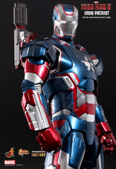 HOT TOYS IRON MAN 3 IRON PATRIOT 1/6TH SCALE LIMITED EDITION COLLECTIBLE FIGURINE