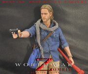 Brother Production World War Zombie Fighter 1/6 Brad Pitt action figure with Zombie Display Stand