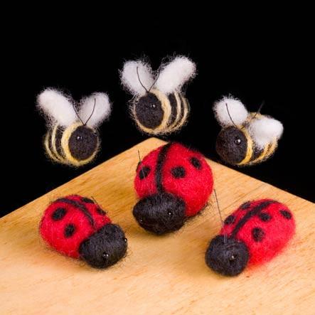 Woolpets Ladybugs & Bumblebees Needle Felting Kit - Easy