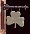 Shamrock Arrow sign