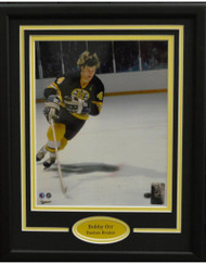 BOBBY ORR SKLATING 11X14 FRAME - BOSTON BRUINS