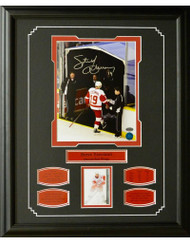 STEVE YZERMAN AUTOGRAPH ''FINAL STEP'' 16X20 FRAME - DETROIT RED WINGS