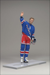 WAYNE GRETZKY MCFARLANE FIGURE LEGENDS SERIES 6 NEW YORK RANGERS HOME JERSEY (BLUE)