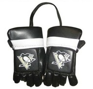 PITTSBURGH PENGUINS NHL HOCKEY MINI GLOVES - HANG FROM MIRROR