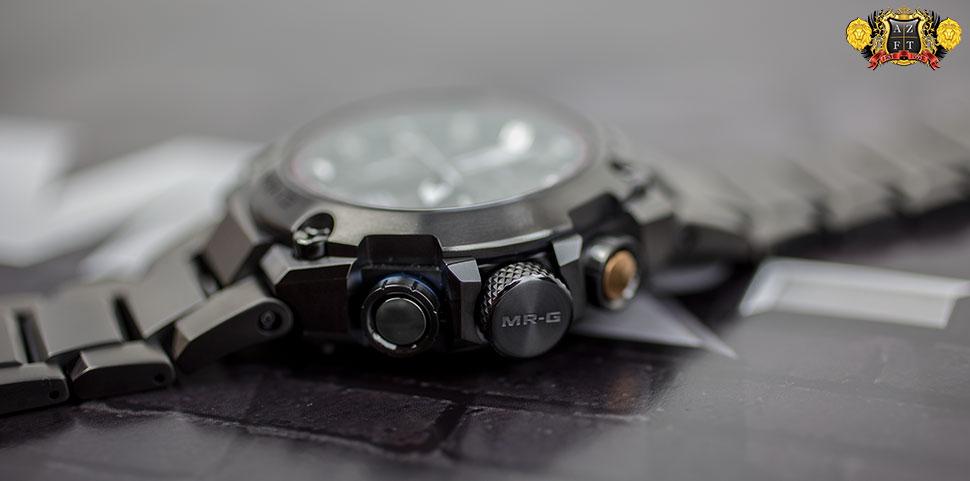 Casio G-Shock MR-G GPS hybride Wave Ceptor MRGG1000B-1A