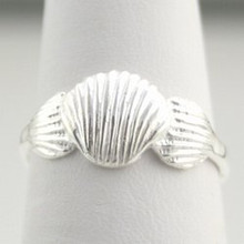 Sterling Silver 3 Scallop Ring