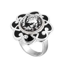 Black Enamel Flower Ring SIZE 7