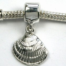 Sterling Silver Clam Shell Dangle Charm
