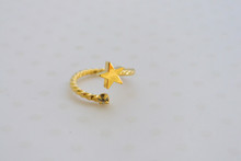 Star and Sparkle Midi Ring Gold Tone