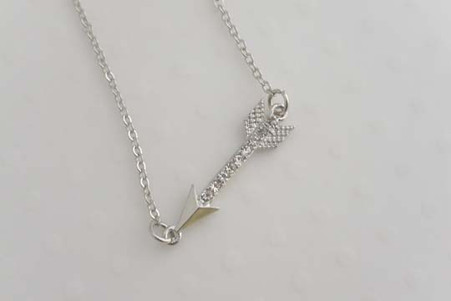 Arrow Necklace Silver Tone
