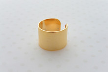The Cleopatra Ring in Gold
