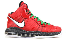 LEBRON 8 V/2 (GS) CHRISTMAS (SIZE 6.5Y)