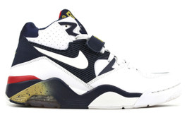 AIR FORCE 180 USA (SIZE 8.5)