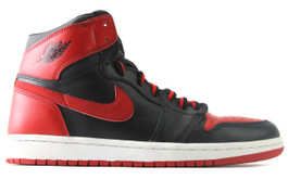 AIR JORDAN 1 RETRO BRED 2001 (SIZE 8.5)