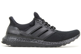 ULTRABOOST LTD TRIPLE BLACK BB4677 (SIZE 8)