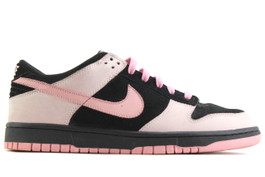 WMNS NIKE DUNK LOW PINK (SIZE 11)