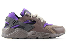AIR HUARACHE CHARCOAL (SIZE 9)