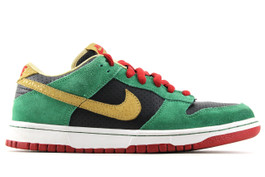 NIKE DUNK LOW PREMIUM SB MILLER HIGH LIFE (SIZE 8)