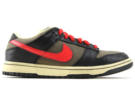 NIKE DUNK LOW PREMIUM ATOM RED (SIZE 8)