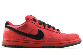 NIKE DUNK LOW PRO SB PURE BLOOD (SIZE 8.5)