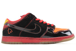 NIKE DUNK LOW PREMIUM SB HAWAII  (SIZE 9.5)