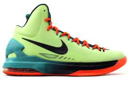 KD V 5 AS AREA 72 (PRE-OWNED) (SIZE 13)